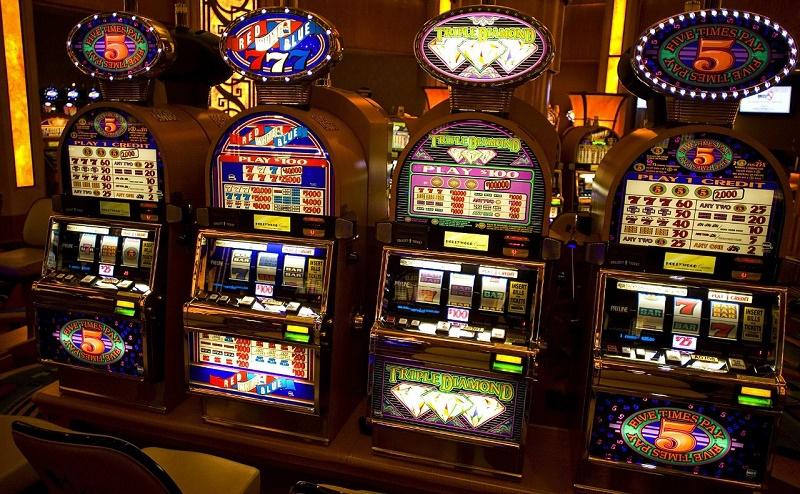 Бесплатно играть в игровые автоматы в казино корона игровые автоматы бесплатно и без регистрации fruit cocktail